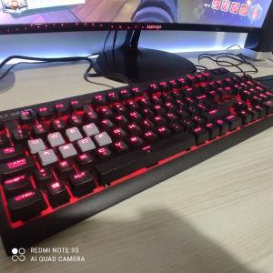 μηχανικό πληκτρολόγιο corsair με red switches της cherry mx (κανονική τιμή amazon 140$)