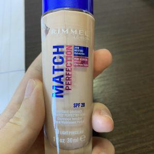make up rimmel match perfection foundation 010 porcelain