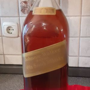 πωλείται  Ουίσκι  4,500 ml