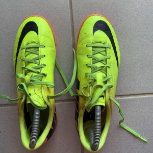 Ποδοσφαιρικά Παππούτσια Nike-Νούμερο:38
