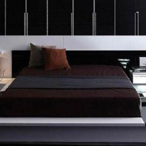 πωλείται κρεβατοκάμαρα μασίφ ξύλο
