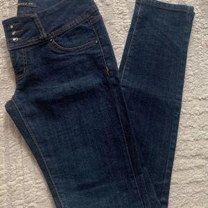 Skinny high waist Jean