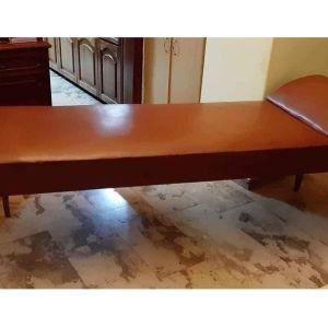Εξεταστικό κρεβάτι ξύλινο