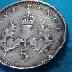 συλλεκτικό σε σφάλμα five pence 1996