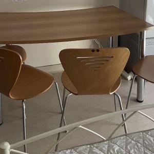 Γραφείο/ Τραπέζι με 4 Καρέκλες