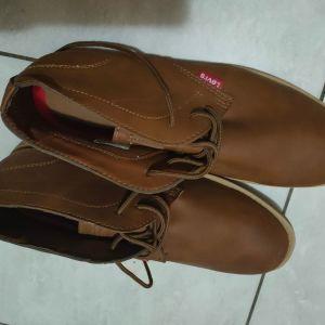 Levi Strauss boots
