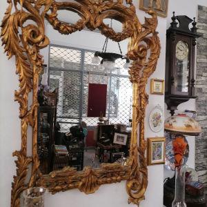 Καθρέφτης ξύλινος πανέμορφος σε άριστη κατάσταση
