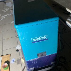 Επαγγελματική Μηχανή πλύσης στέγνωσης δαπέδων Wetrok Duomatic 430B