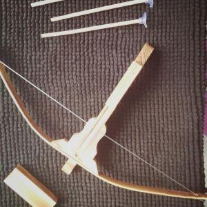 Ξύλινο τόξο με βελάκια (ολοκαίνουριο)