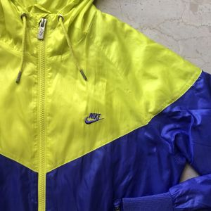 Nike αντιανεμικό μπουφάν, XS