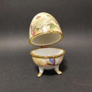 Vintage Αυγό από πορσελάνη