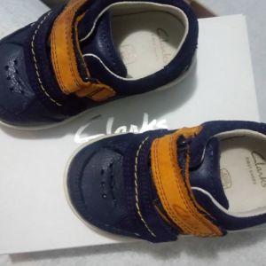 Δερμάτινα clarks παπούτσια