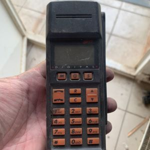 Ericsson GH 172 Collectors Mobile Phone – First Ericsson Build Year 10/1992