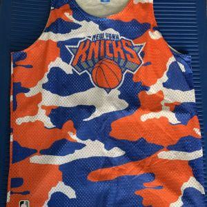 Adidas αμάνικη μπλούζα Knicks