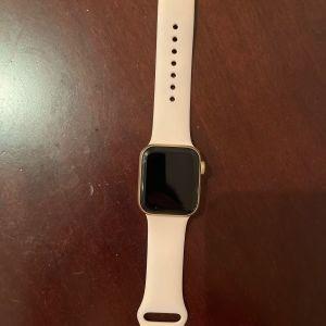 Apple watch SE 40mm series 6