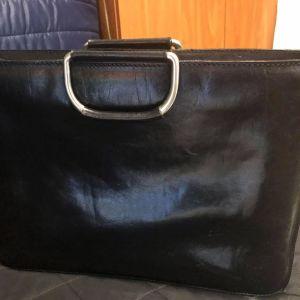 Δερμάτινη γυναικεία επαγγελματική τσάντα