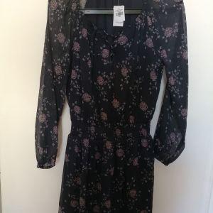 Μίνι φόρεμα Abercrombie and finch floral νούμερο small