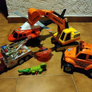 Παιχνίδια αυτοκίνητα & ελικόπτερο μεγάλου μεγέθους