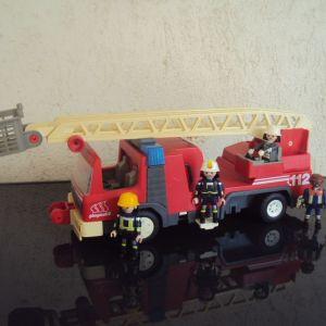 Playmobil.Μεγαλο Πυροσβεστικο οχημα.
