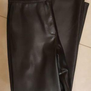 Καινούργιο Μαύρο M&S Δερματίνη Παντελόνι
