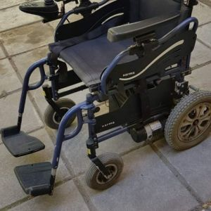 αναπηρικο ηλεκτρονικο αμαξιδιο με μεγαλη αυτονομια