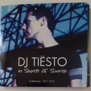 3 CD με ξένα τραγούδια σε μία συλλεκτική κασετίνα.