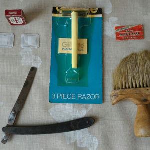 Ξυράφι GELLE FRERES PARIS FABRICANT S, GILLETTE με 3 ξυράφια, SOLINGEN 2 ξυράφια, ASTOR 1 ξυράφι και βούρτσα κουρείου