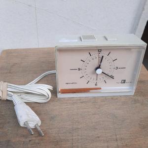 Vintage ηλεκτρικό ρολόι  ξυπνητήρι μάρκας Remington (Α508)