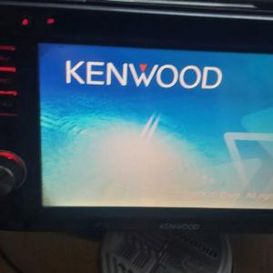 KENWOOD radio DNX 5240BT
