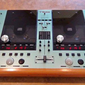 VESTAX  CDX - 12  DUAL  CD  PLAYER  SYSTEM
