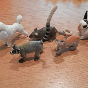 5 φιγουρες ζωακια