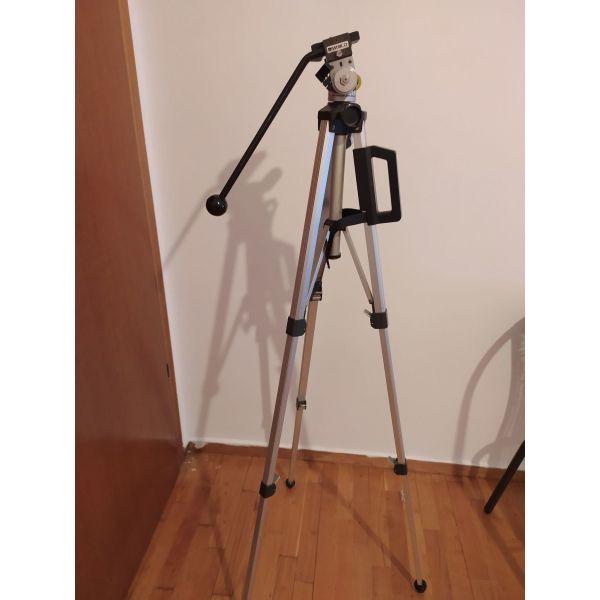 tripodo gia kamera ke fotografiki