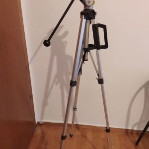 Τρίποδο για κάμερα και φωτογραφική