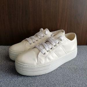 Γυναικεία παπούτσια sneakers