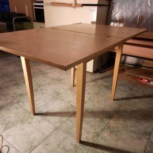 τραπέζι κουζίνας ανοιγόμενο