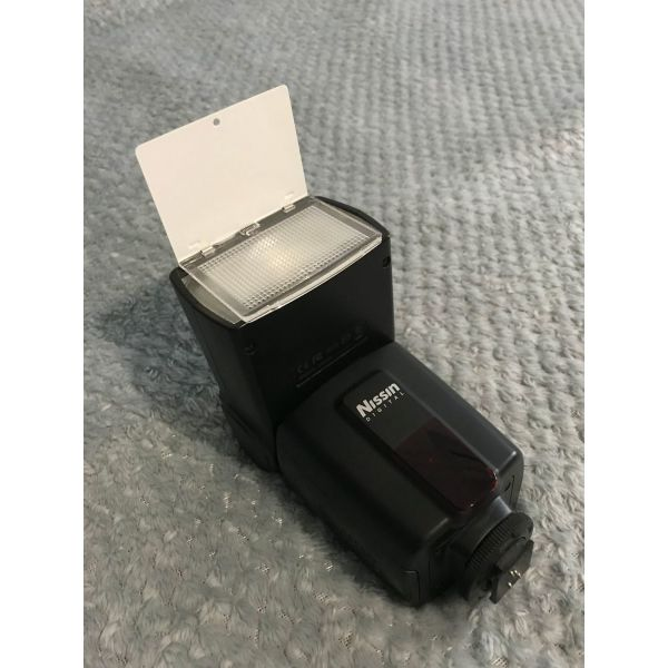Flash gia Nikon/ Digital Di600