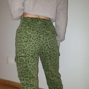 Παντελόνι S/M
