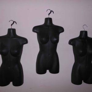 3 Μπούστο Γυναικεία Βιτρίνας. Διαστάσεις 40 X 13 X 70 cm ύψος.  (Η τιμή είναι για όλα μαζί).