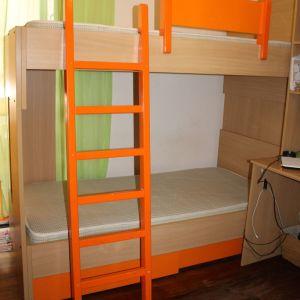 Διώροφο κρεβάτι & Βιβλιοθήκη με ντουλάπα
