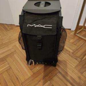 Πουλάω ολοκαίνουργια επαγγελματική τσάντα μακιγιάζ της MAC και πινέλα επαγγελματικά brand PIMINOVA, PROVG, ANATOMIA