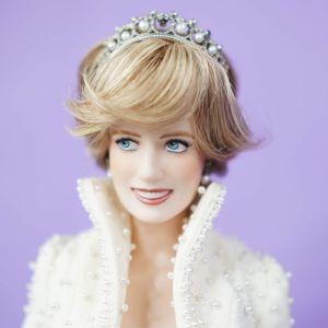 ΔΕΣΜΕΥΘΗΚΕ-Πριγκίπισσα Νταϊάνα κούκλα - bisque πορσελάνη Franklin Mint