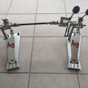 Axis double pedal shortboard