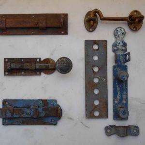 5 Παλιοί Μεταλλικοί Σύρτες για Ξύλινες Πόρτες. Για Διακόσμηση. Όλα Μαζί.
