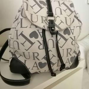 Τσάντα πλάτης Furla αυθεντική.