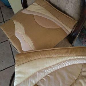 Ολομέταξα μαξιλάρια