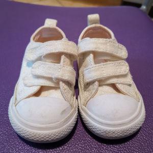 βρεφικό παπούτσι