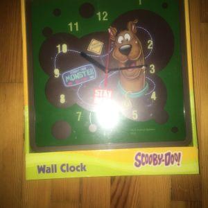 Κουκουρουκου ρολόι .. κλειστό αμεταχείριστο!