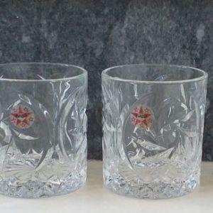 Έξι κρυστάλλινα ποτήρια για διάφορες χρήσεις, της γνωστής εταιρείας ΒΑΒΑ, αχρησιμοποίητα, στην κούτα τους.