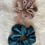 λαστιχακια μαλλιων scrunchies.