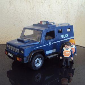 Playmobil.Μεγαλο τζιπ Αστυνομιας.